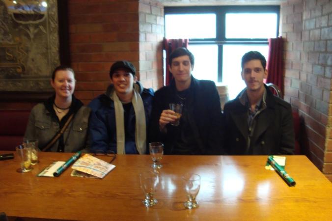 New Friends. Sharon, Eu, Toni e Trevor.