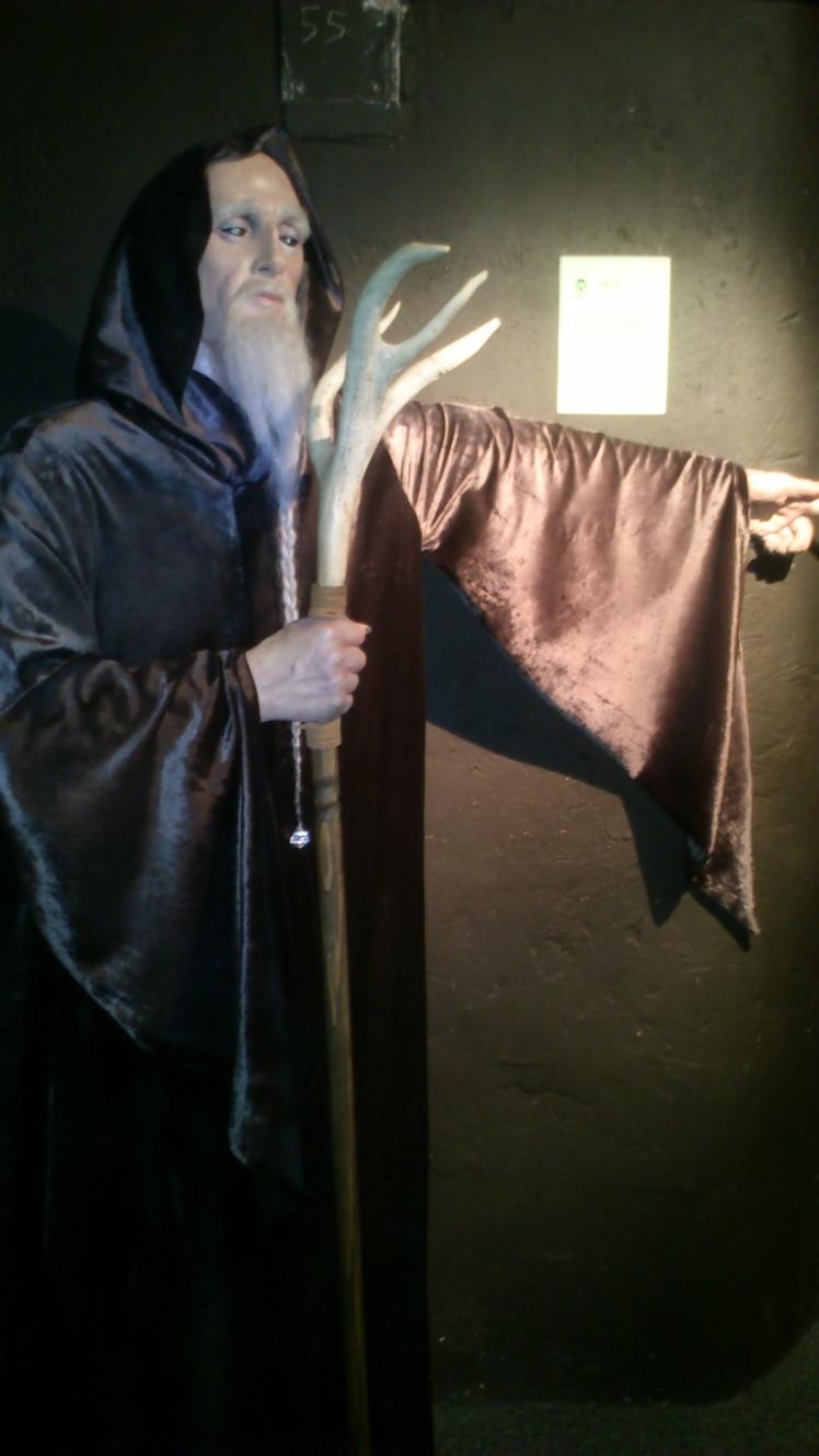 O druida. Tipo um Gandalf.