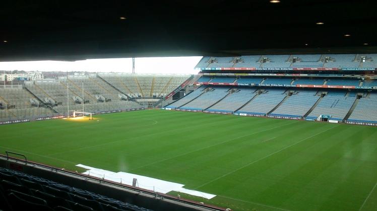 Eis o estádio.