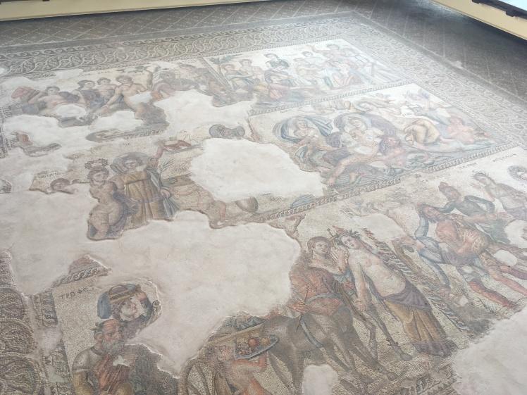 Casa de Dionísio - mosaíco antigo da porra